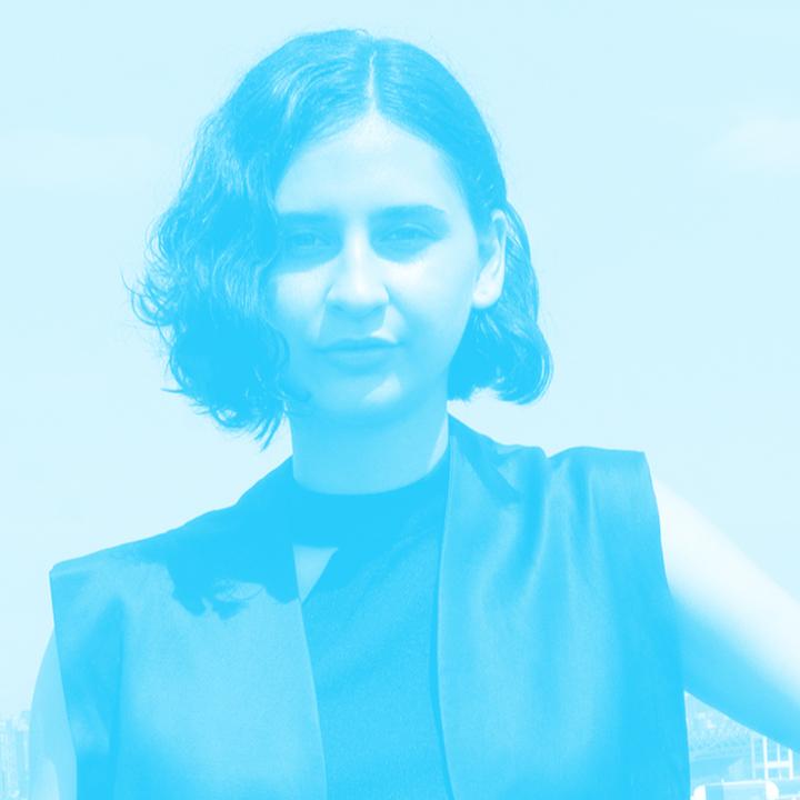 Deborah Navarro